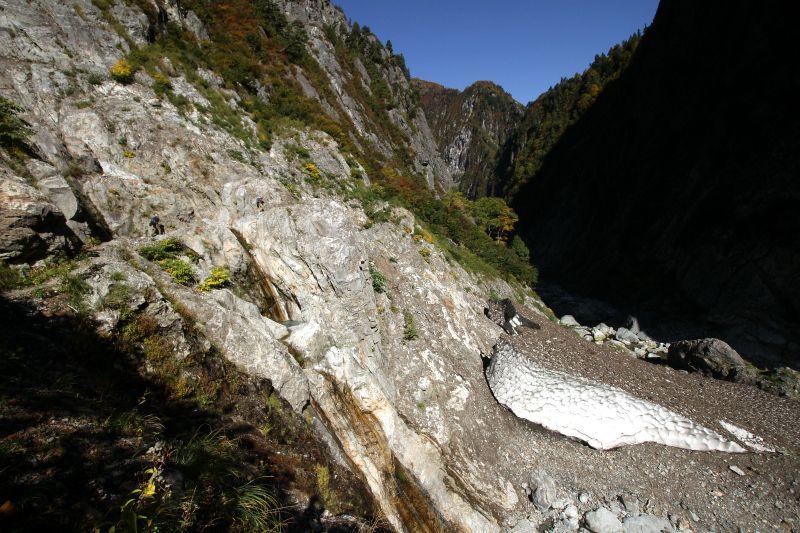 黒部ダムから続く、全長30kmの断崖絶壁
