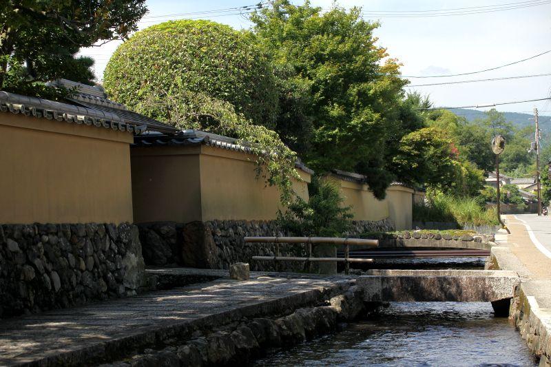 上賀茂神社に仕える神職たちが住まう町