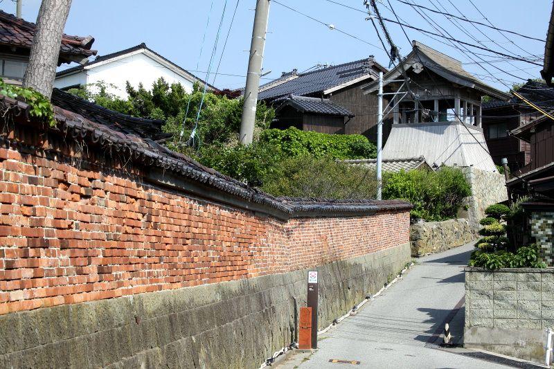 かつての相川の中心地、佐渡奉行所跡の周囲に残るノスタルジー
