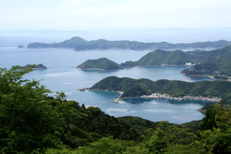 豊富な伝承&由良半島を一望できる「柏坂」