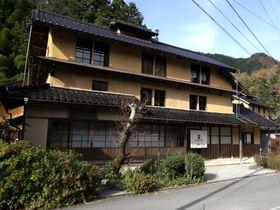 三階建て養蚕農家が密集!兵庫県養父市「大屋町の大杉集落」