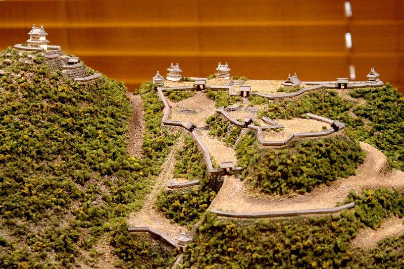 まずは「かさま歴史交流館井筒屋」で笠間城について知ろう!