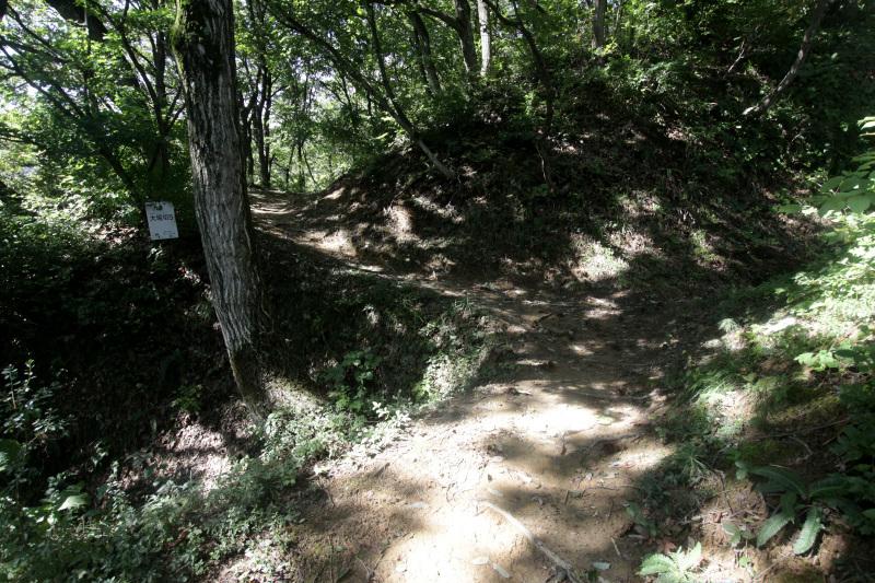 上りは「東登城道」下りは「北登城道」がおすすめ