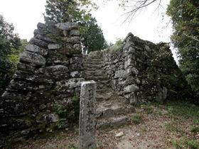 徳島市「一宮城」要害に築かれた徳島県下最大級の中世山城!