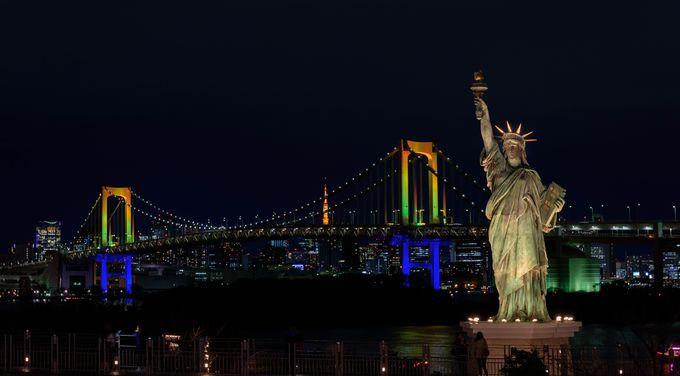 レインボーブリッジと自由の女神と遠くに見える東京タワーの三点セットで撮ってみよう