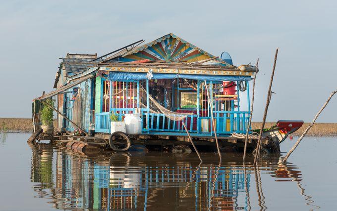 地元文化に根付いた水上生活者の日常を垣間見てみよう