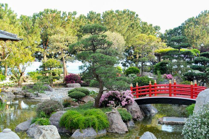 日本人なら訪れたい、回廊式日本庭園は一見の価値あり