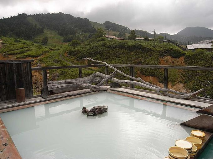 絶景露天風呂「極楽の湯」