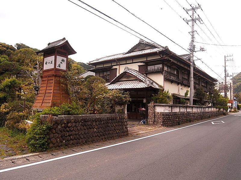 古き良き日本宿の風格