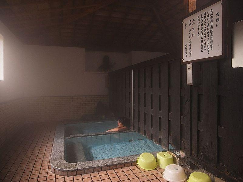 超穴場!見つけるのも困難「共同浴場薬師湯」熊本県・寺尾野温泉