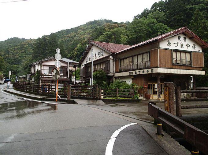 湯の峰温泉の入口に位置する「あづまや荘」