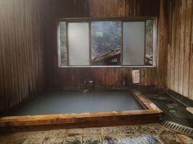 湯の峰温泉の旅館あづまやの湯も楽しめる民宿「あづまや荘」