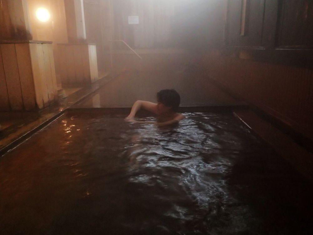 檜づくしの内湯