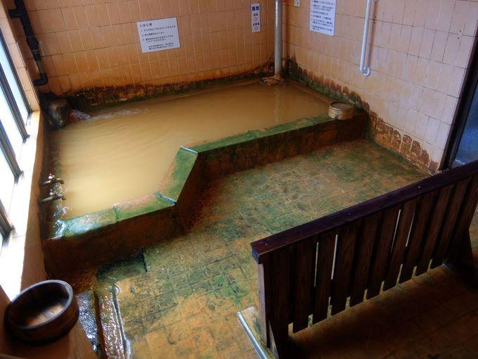 浴室は潔く内湯のみ