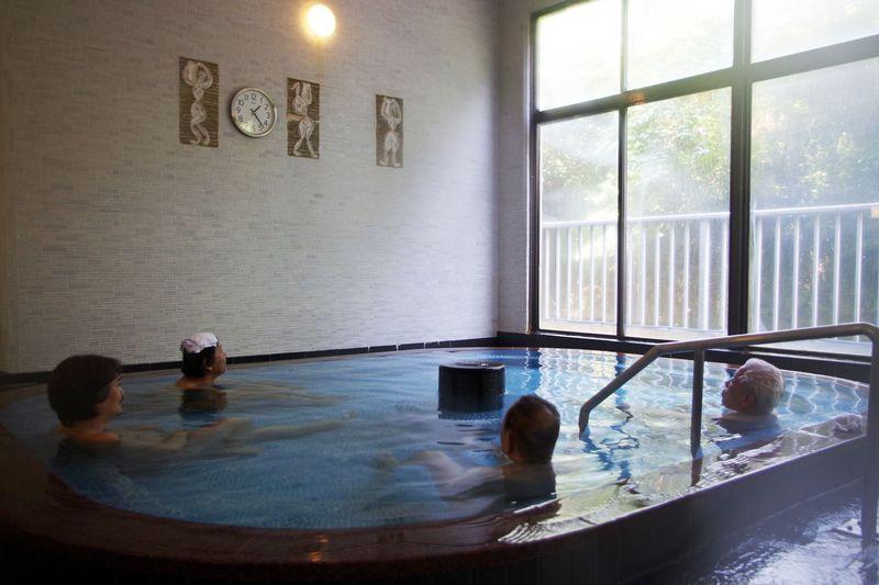 名湯をじっくり楽しむなら大浴場へ