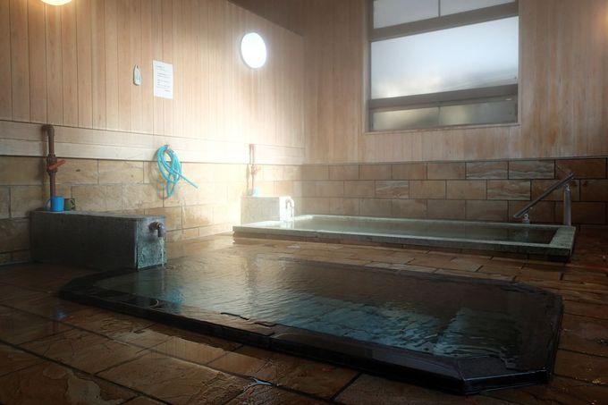 宿泊者なら無料で利用できる共同浴場