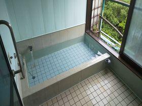 静岡の小さな日帰り温泉「倉真赤石温泉」でツルツル美肌湯を堪能