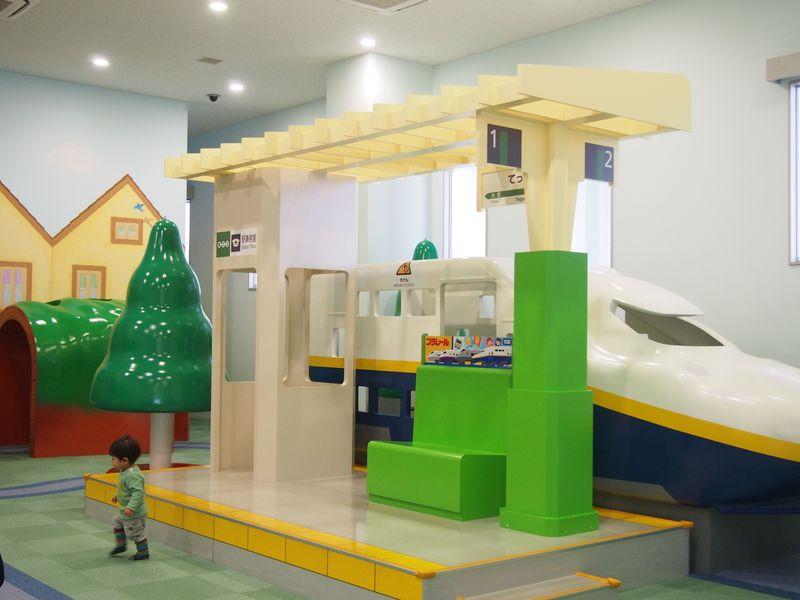 """""""1歳の子供とママが必ず楽しめる""""意外な場所「埼玉・鉄道博物館」"""