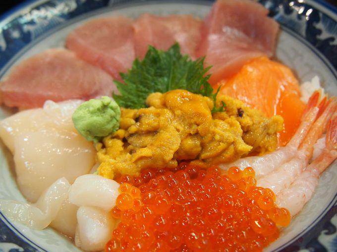 <お勧め丼その4>ちょっと豪華に♪「ウニ海鮮丼」1100円