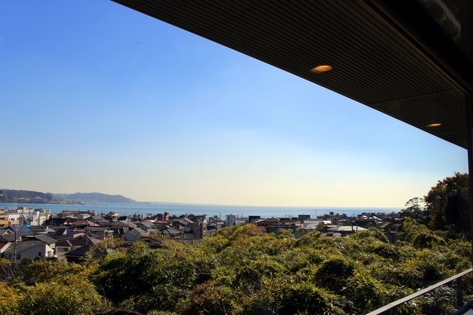 絶景!海と鎌倉の町を一望できる特別なレストラン