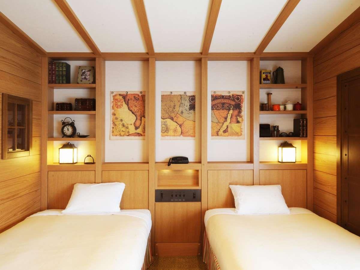冒険家たちが旅の途中で立ち寄る宿をイメージしたお部屋!