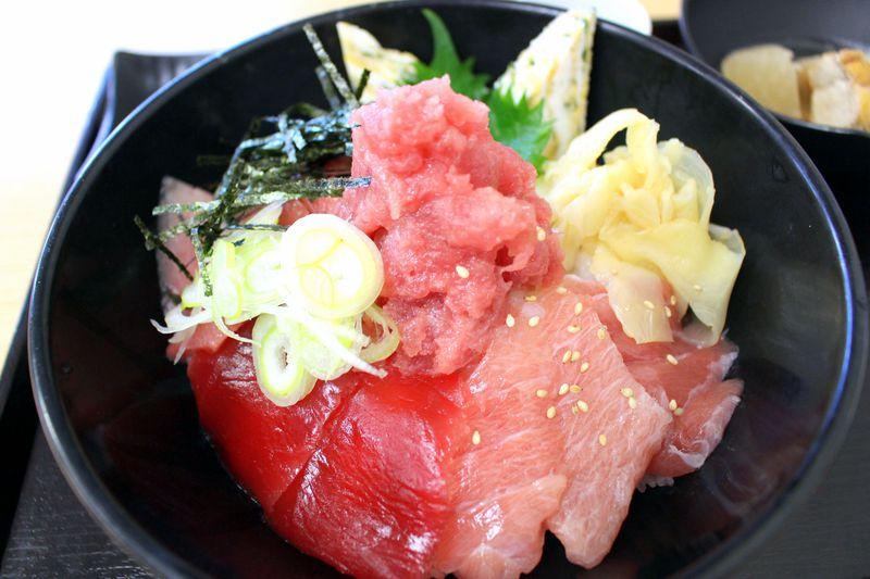 マグロが旨い!誰でも行ける千葉「柏市場」で寿司!海鮮丼!買物!