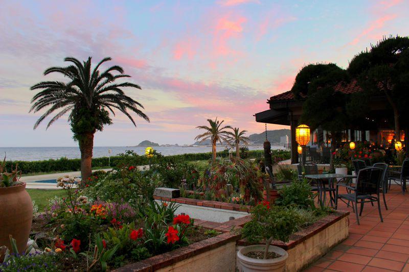 まるで南国!千葉「鴨川グランドホテル」で絶景、温泉、食を満喫!