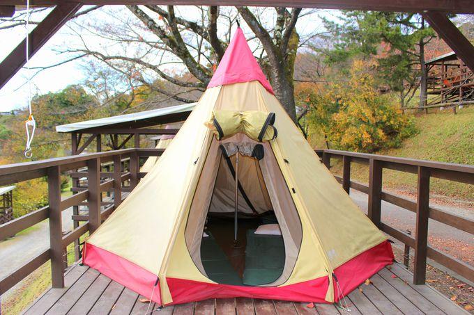テントを張らなくてOK!かわいいテントに泊まろう!