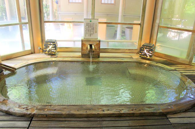 最大の魅力は温泉!男女それぞれ9種の湯めぐりを楽しもう!