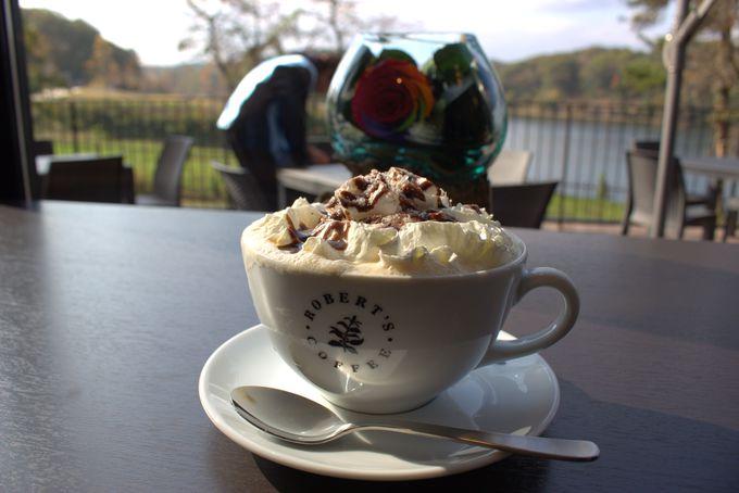 カフェでコーヒータイム!