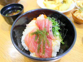 知る人ぞ知る宮古島の漁港グルメ!「おーばんまい食堂」の絶品海鮮丼