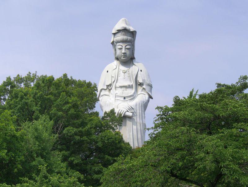 だるま生産量日本一!群馬県の高崎市とは?