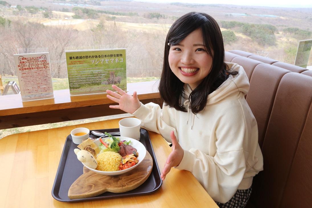 レストラン「ヤマネコテラス」であったか料理をいただこう!