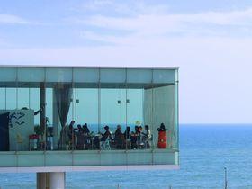 まるで海に浮くカフェ!茨城・日立駅「シーバーズカフェ」