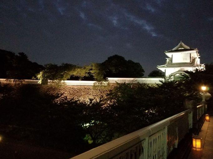 歴史ある金沢城三御門