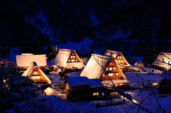 日本の原風景を感じられる冬のライトアップ