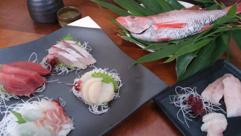 鮮魚や野菜をお土産に!金沢「近江町市場」で冬グルメ満喫♪