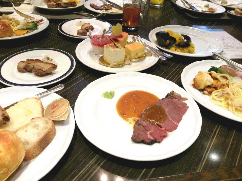 ローストビーフが常時食べられる!横浜ベイシェラトン・オールデイブッフェ「コンパス」