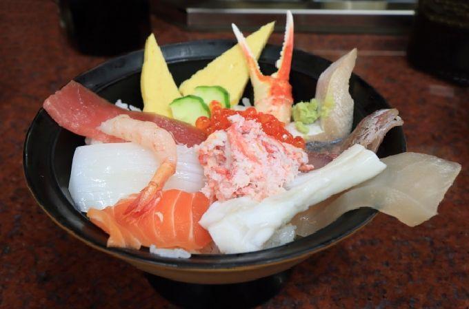 2日目午前:ひがし茶屋街を散策、ランチは海鮮丼を
