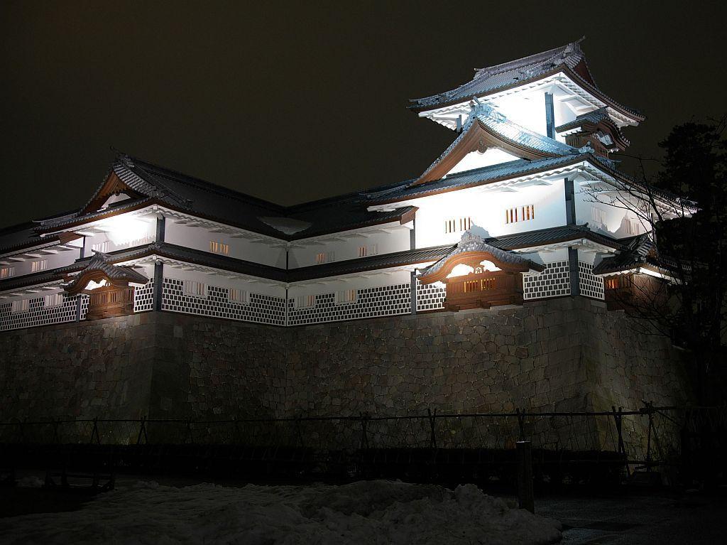 兼六園や金沢城公園のライトアップ