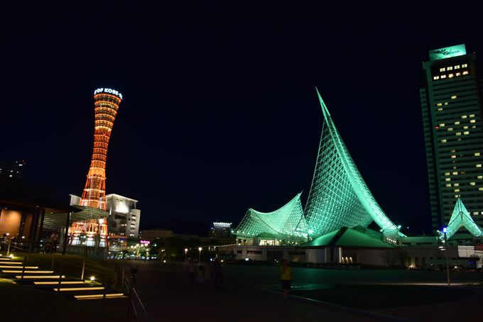 夜はハーバーランド〜メリケンパークを歩いて、神戸の夜景を堪能