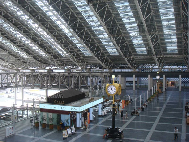 大阪梅田のひと休みスポット:大阪ステーションシティの各広場を紹介します!