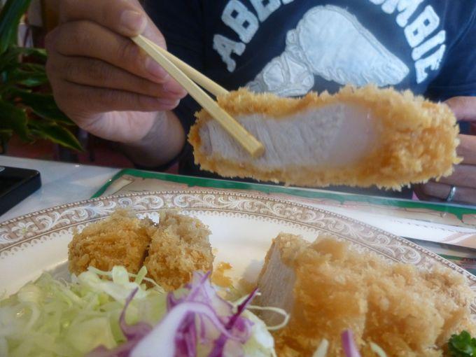 レストランの名物メニューはトンカツとバーベキュー。SGP(スーパーゴールデンポーク)を実食!