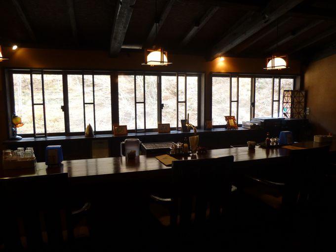 四万温泉の一番人気。新旧の融合が魅力の「柏屋カフェ」
