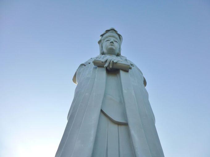 高崎のシンボル「高崎白衣大観音」