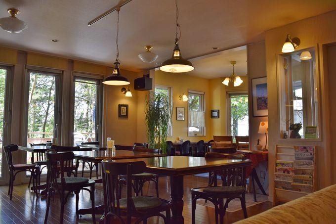 ほっこりくつろげる早起きカフェ「ベルキャビンカフェ」