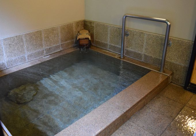 3つのお風呂を楽しめる。天然温泉かけ流しの贅沢!