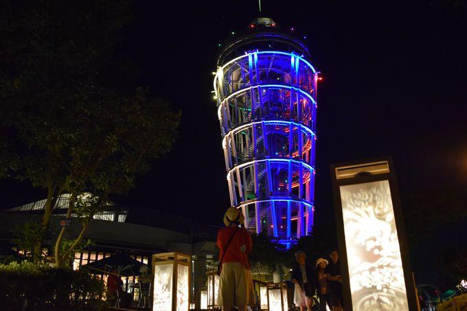 江の島シーキャンドル周辺にも灯籠。江の島の伝説モチーフも