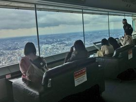 横浜ランドマークタワー「雨の日(視界ゼロ)キャンペーン」で悪天候の観光も満喫!