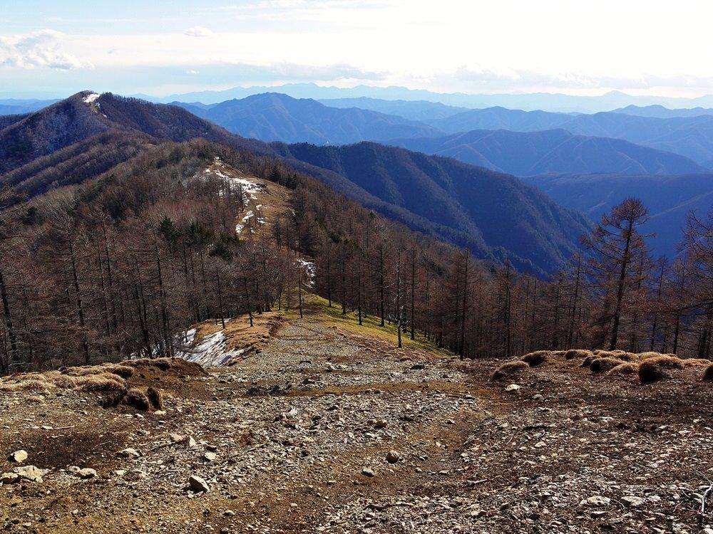 7.雲取山